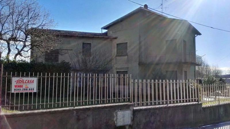 Soluzione Indipendente in vendita a Suello, 5 locali, prezzo € 170.000 | Cambio Casa.it