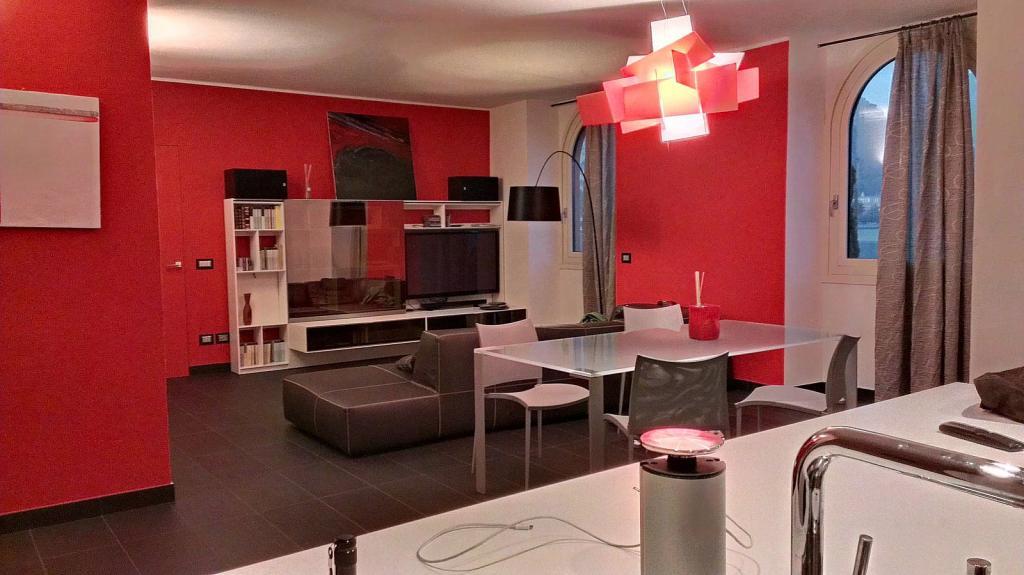 Appartamento in vendita a Malgrate, 3 locali, prezzo € 400.000 | CambioCasa.it