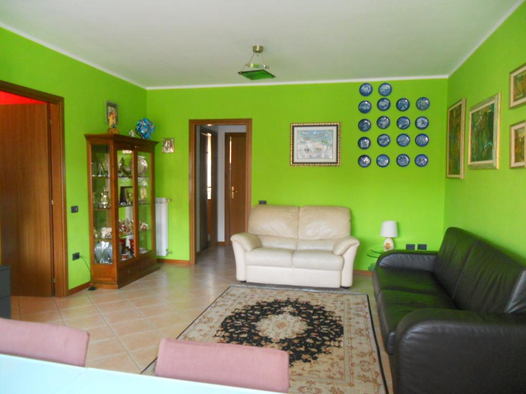 Appartamento in vendita a Lecco, 3 locali, zona Zona: Acquate, prezzo € 215.000 | Cambio Casa.it