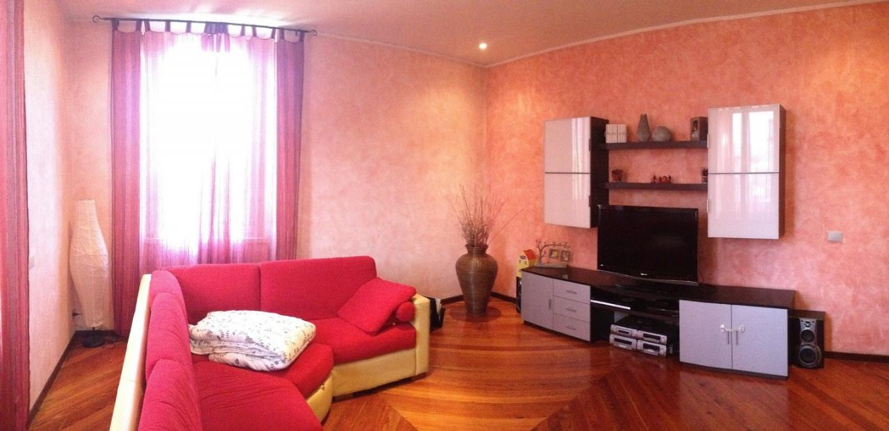 Soluzione Indipendente in vendita a Vercurago, 5 locali, prezzo € 350.000 | Cambio Casa.it
