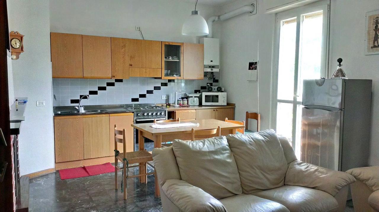Appartamento in vendita a Pescate, 3 locali, prezzo € 118.000 | Cambio Casa.it