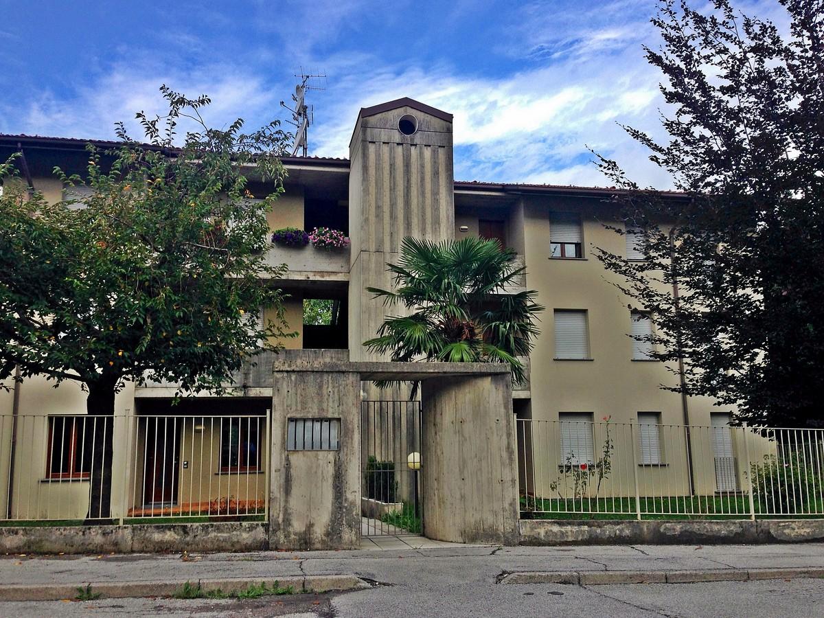 Appartamento in vendita a Galbiate, 4 locali, prezzo € 150.000 | Cambio Casa.it