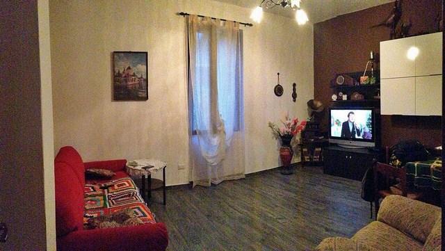 Appartamento in vendita a Calolziocorte, 3 locali, prezzo € 90.000   Cambio Casa.it