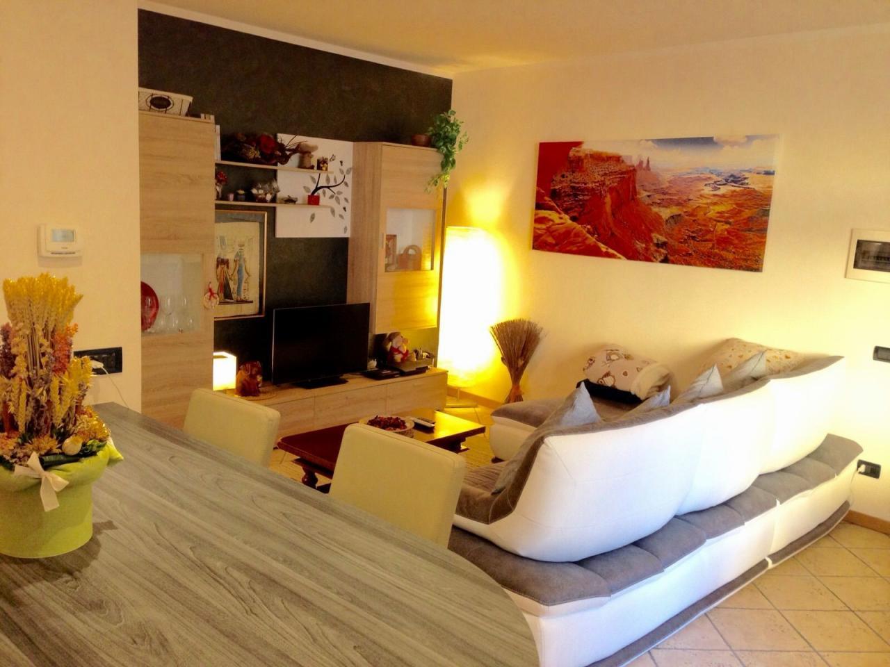 Appartamento in Vendita a Bosisio Parini