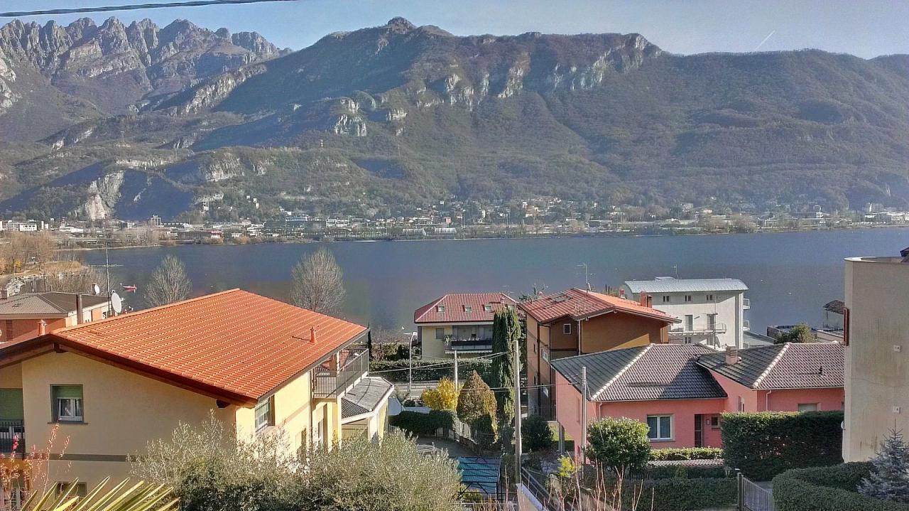 Appartamento in vendita a Pescate, 4 locali, prezzo € 270.000 | Cambio Casa.it