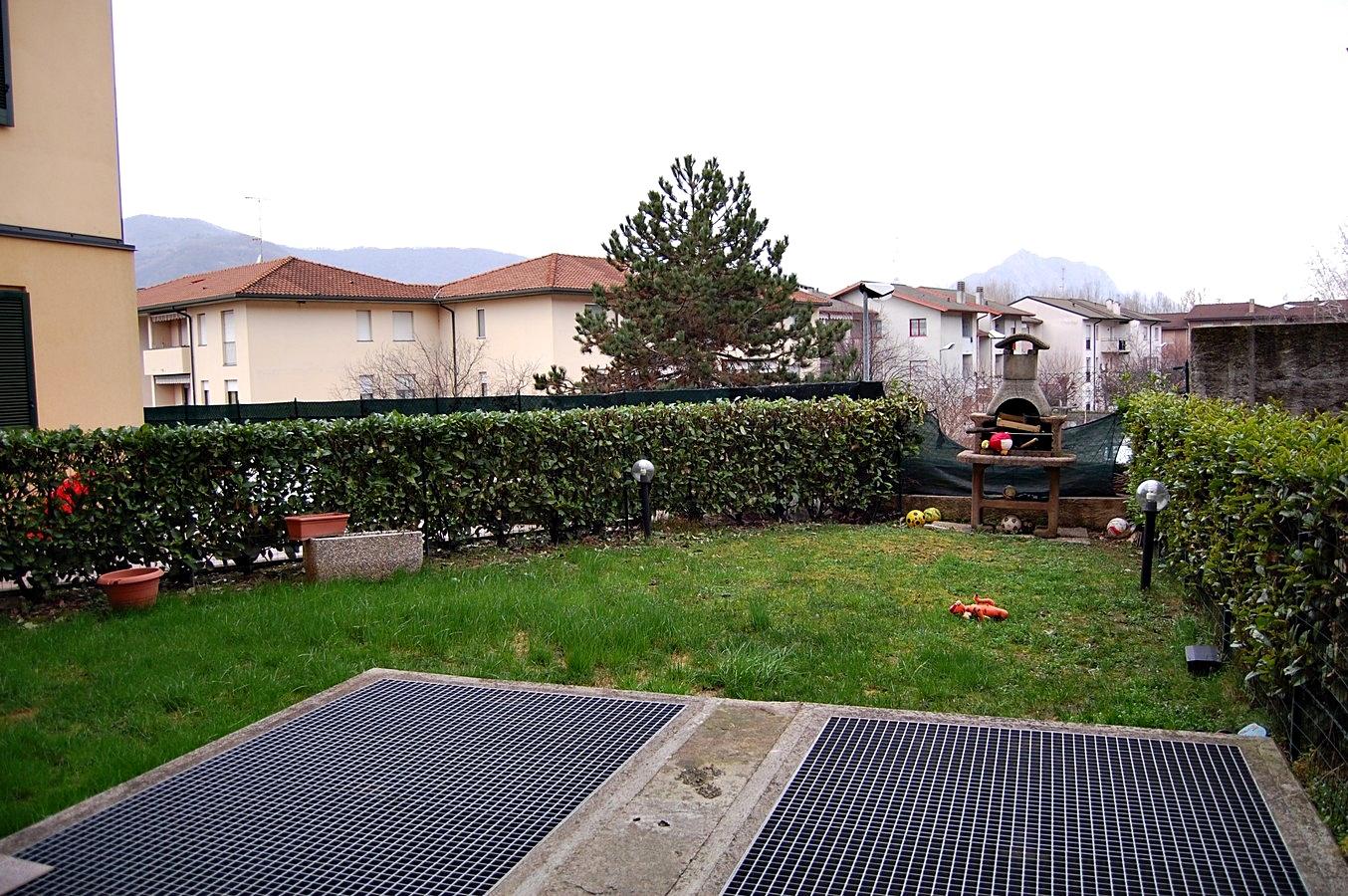 Appartamento in vendita a Calolziocorte, 3 locali, prezzo € 165.000 | Cambio Casa.it