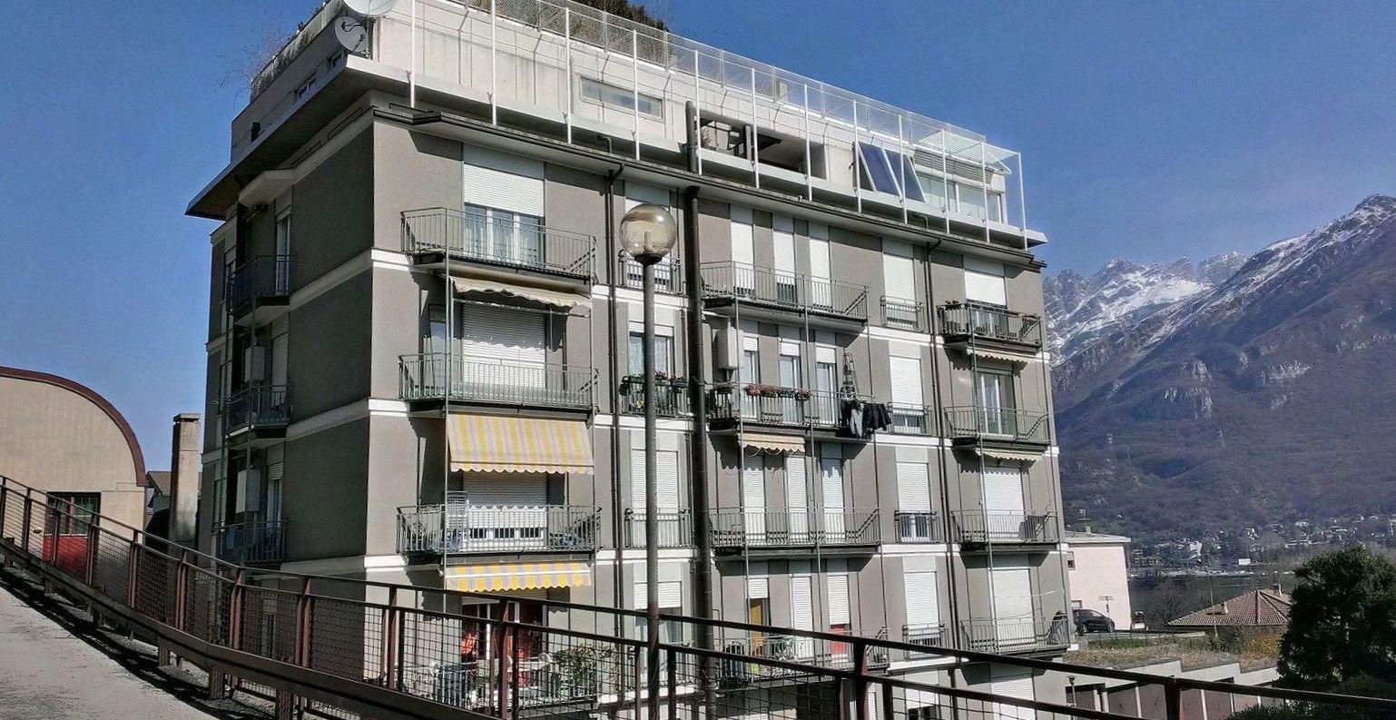 Appartamento in vendita a Pescate, 3 locali, prezzo € 120.000 | Cambio Casa.it