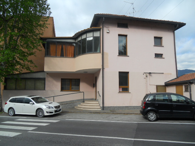 Negozio / Locale in vendita a Lecco, 9999 locali, prezzo € 330.000 | Cambio Casa.it