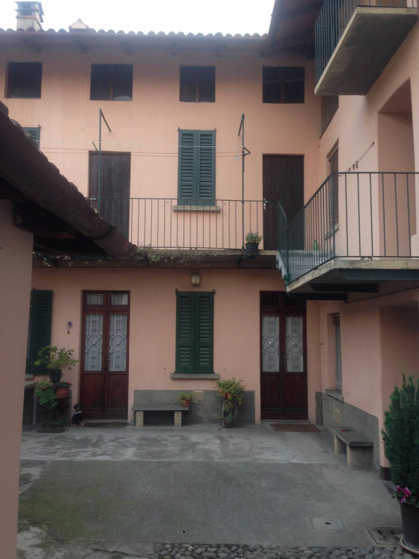 Soluzione Indipendente in vendita a Olginate, 6 locali, prezzo € 80.000 | Cambio Casa.it