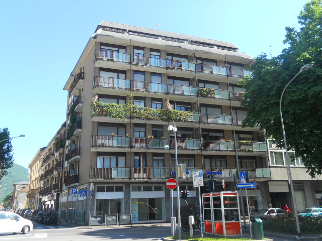 Appartamento in vendita a Lecco, 3 locali, zona Zona: Centro, prezzo € 200.000   Cambio Casa.it