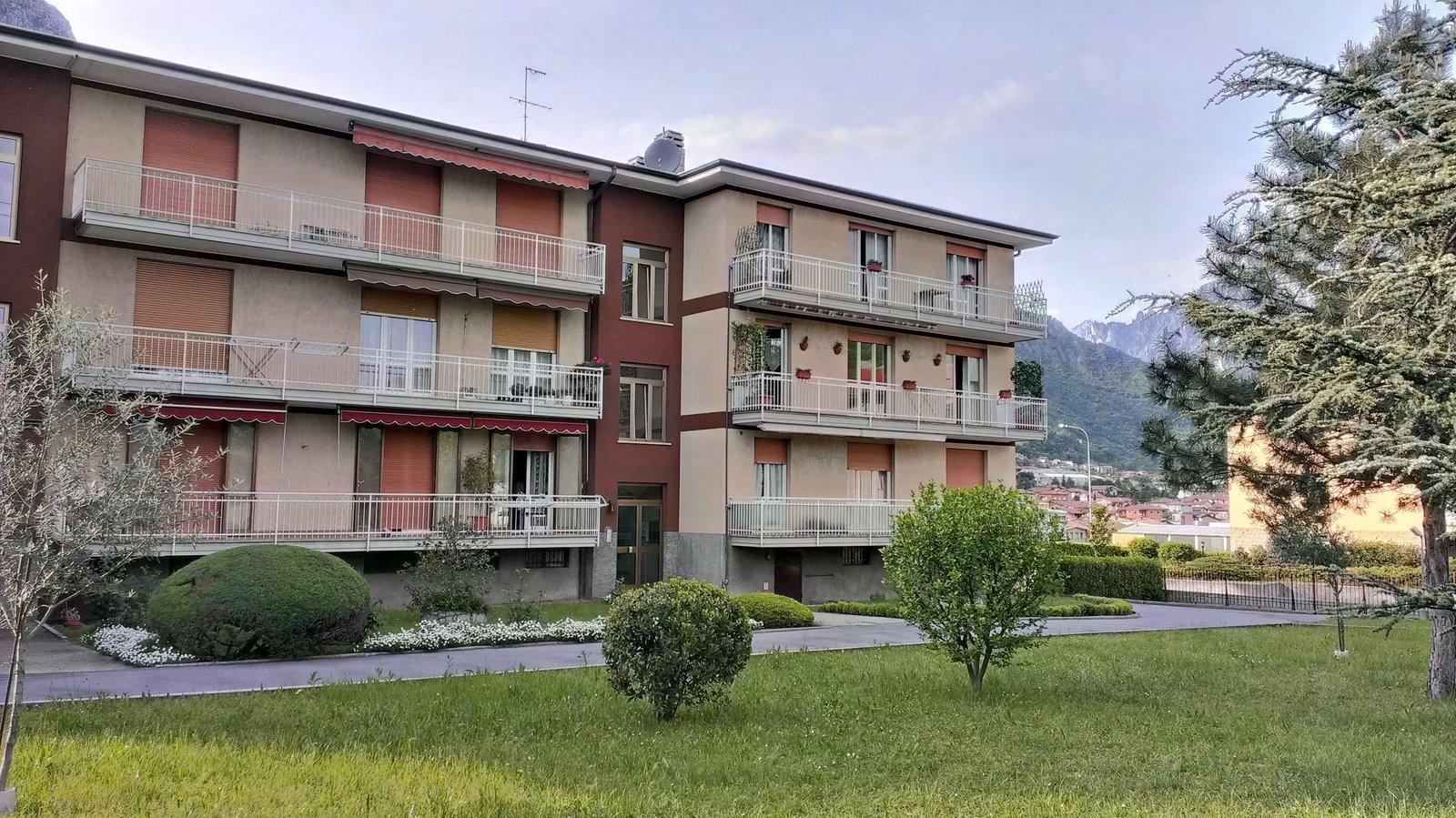 Appartamento in vendita a Civate, 3 locali, prezzo € 110.000 | Cambio Casa.it