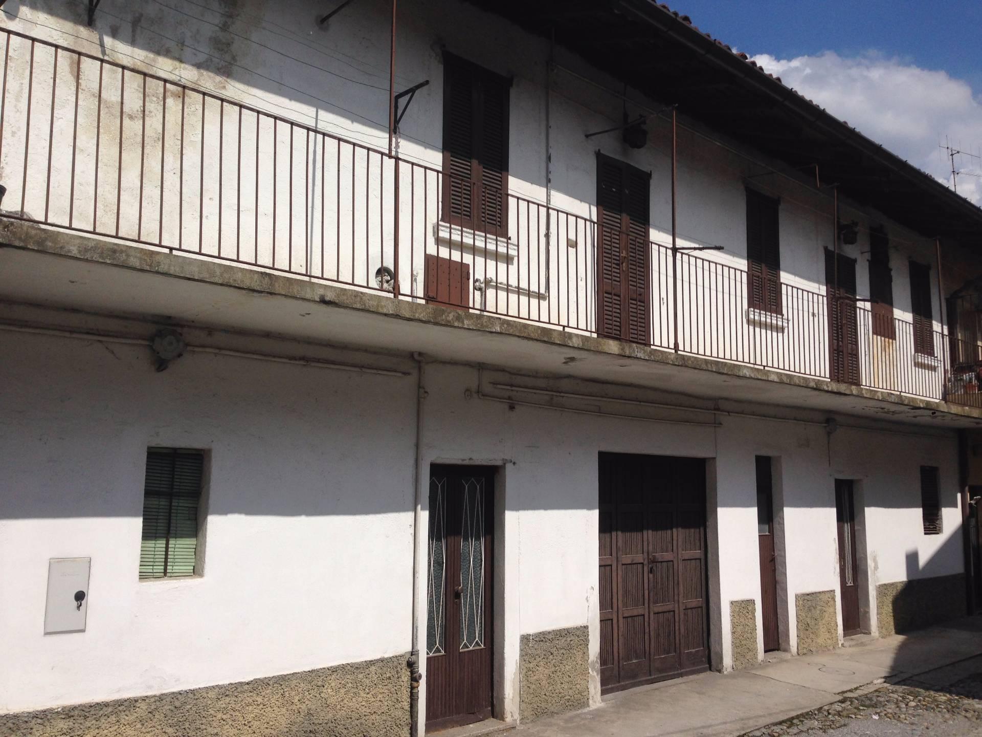 Soluzione Indipendente in vendita a Olginate, 6 locali, prezzo € 42.000 | Cambio Casa.it
