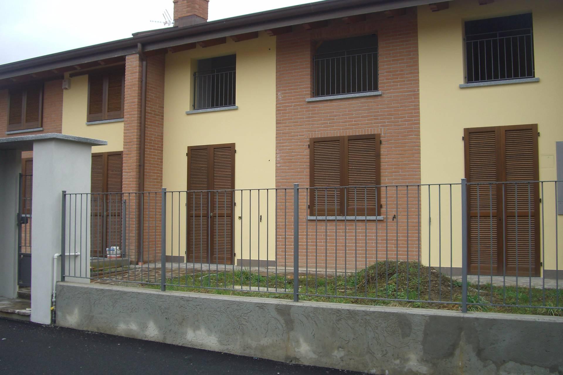 Villa a Schiera in vendita a Valgreghentino, 5 locali, prezzo € 360.000 | Cambio Casa.it