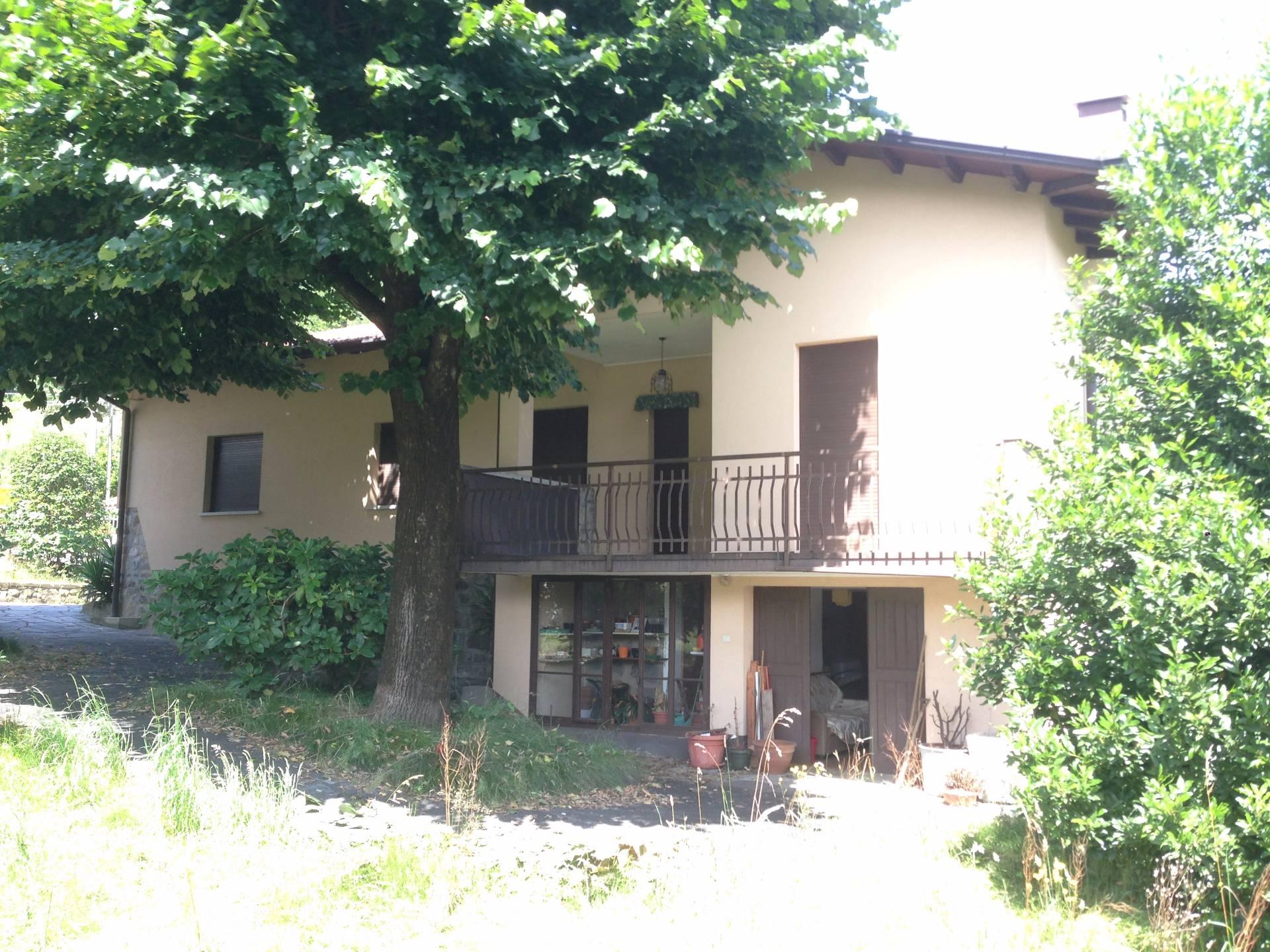 Villa in vendita a Olginate, 3 locali, Trattative riservate | Cambio Casa.it