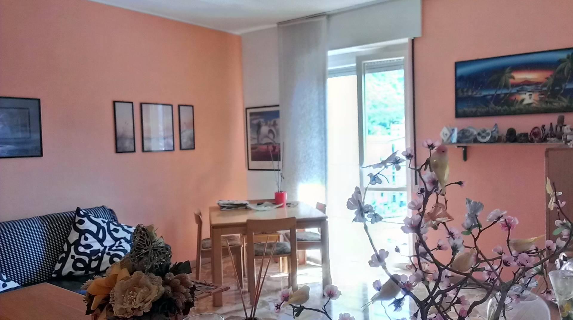 Appartamento in vendita a Malgrate, 4 locali, prezzo € 130.000 | Cambio Casa.it