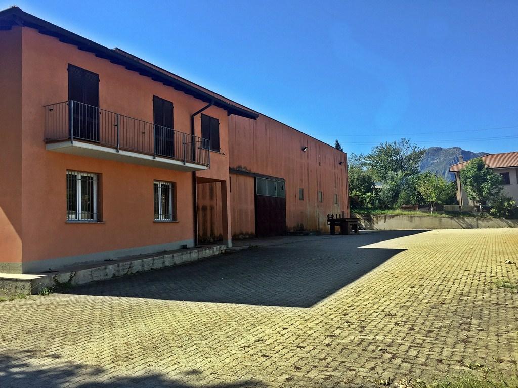 Capannone in vendita a Galbiate, 9999 locali, prezzo € 550.000 | Cambio Casa.it