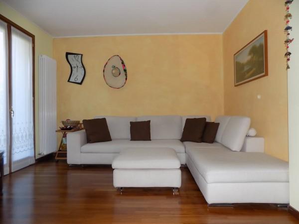 Soluzione Indipendente in vendita a Olginate, 4 locali, prezzo € 250.000 | Cambio Casa.it