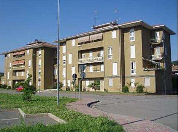 Appartamento in vendita a Villa d'Adda, 3 locali, prezzo € 50.000 | Cambio Casa.it