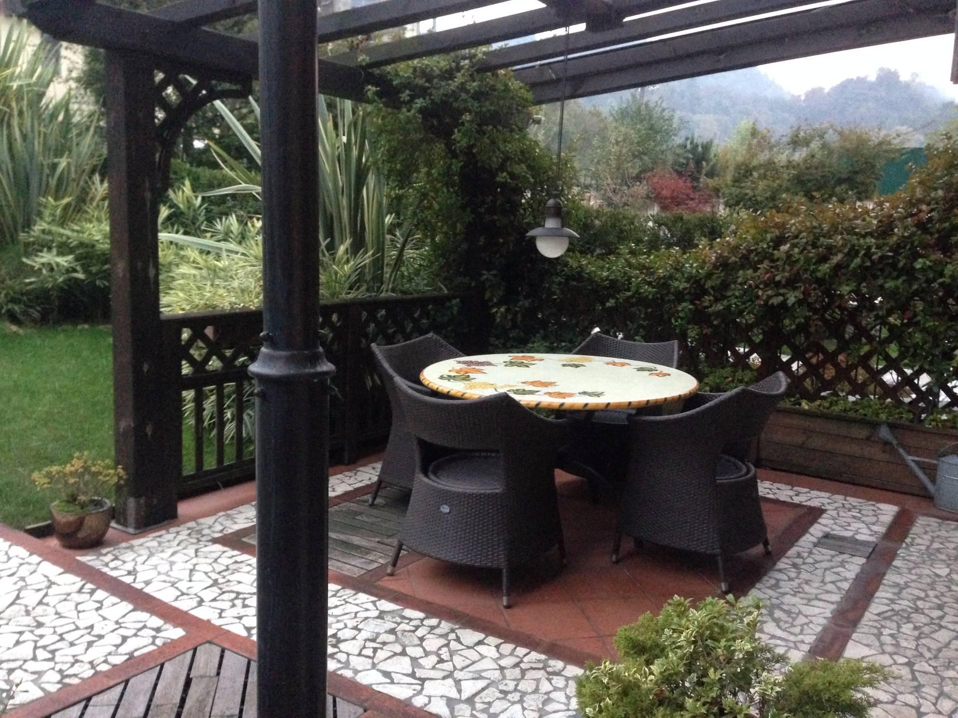 Villa a Schiera in vendita a Calolziocorte, 6 locali, prezzo € 360.000 | Cambio Casa.it