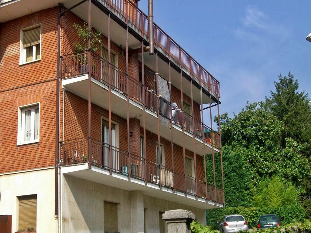 Appartamento in vendita a Galbiate, 3 locali, prezzo € 105.000 | Cambio Casa.it