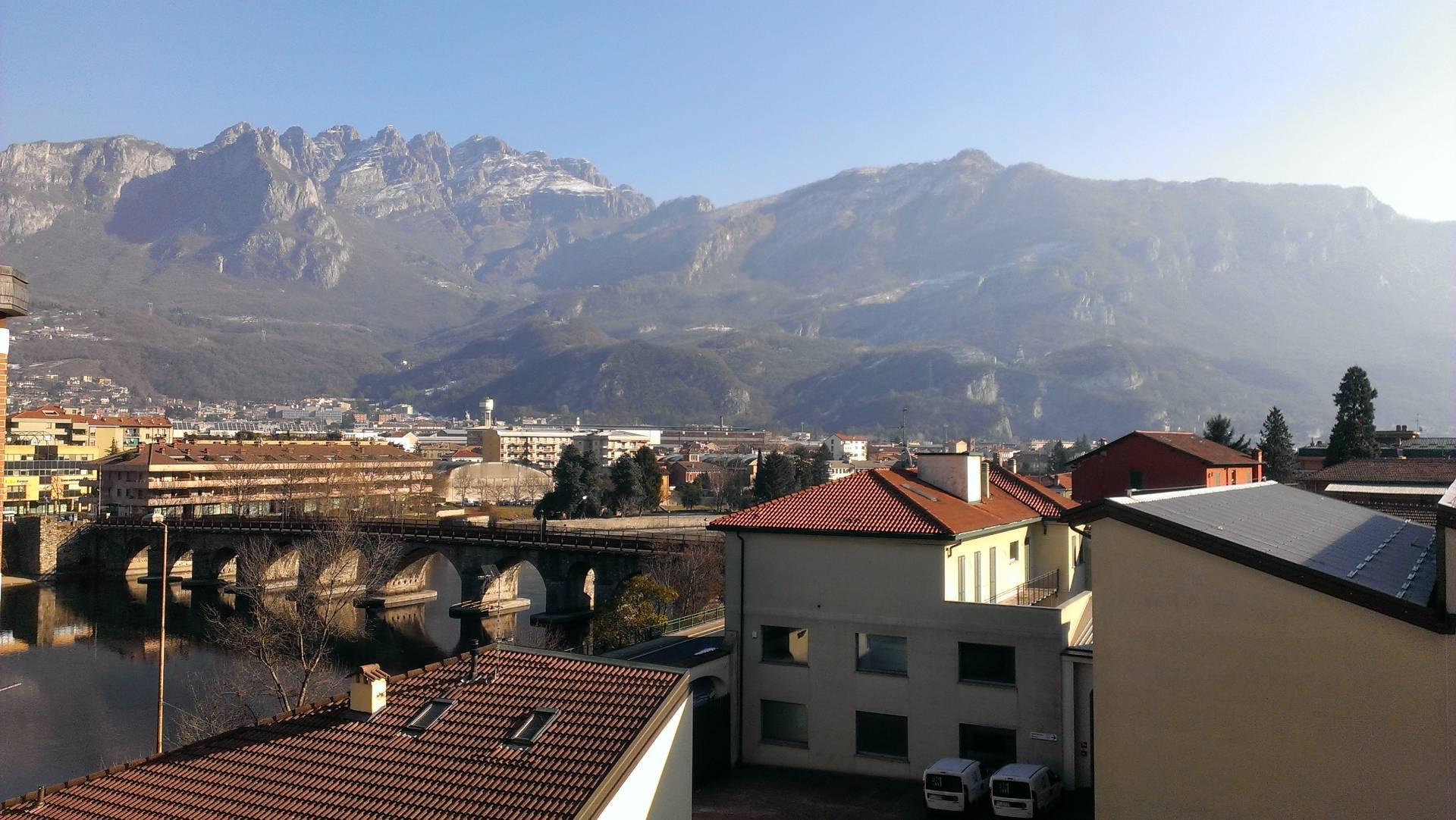 Appartamento in vendita a Malgrate, 2 locali, prezzo € 75.000 | Cambio Casa.it
