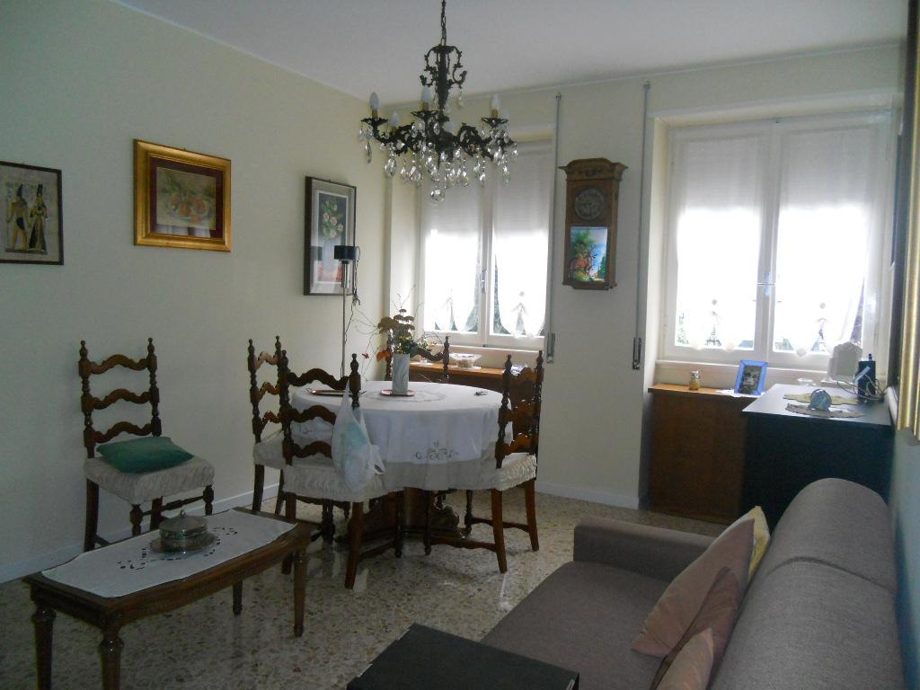 Appartamento in vendita a Lecco, 2 locali, zona Zona: Olate, prezzo € 128.000   Cambio Casa.it