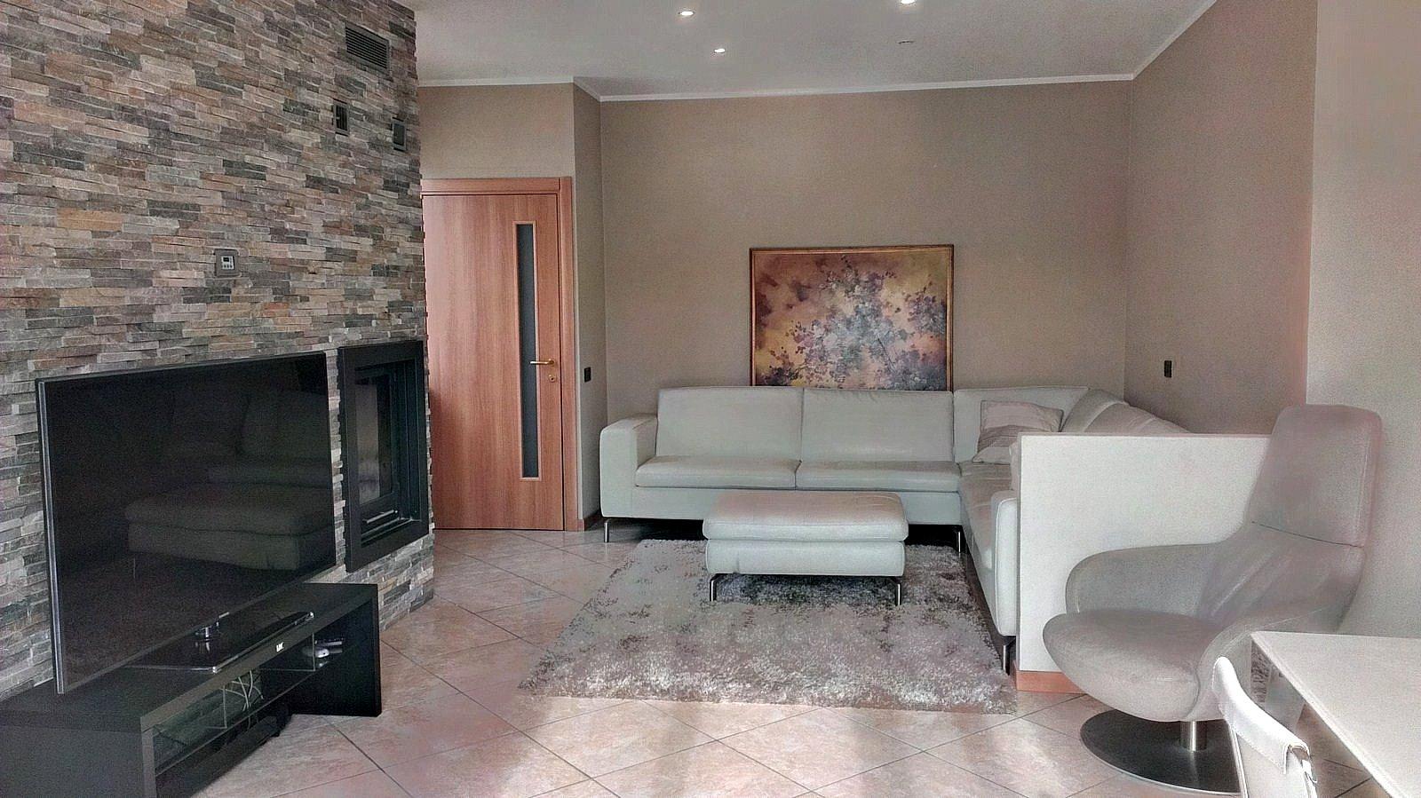Villa in vendita a Oggiono, 4 locali, prezzo € 390.000   CambioCasa.it