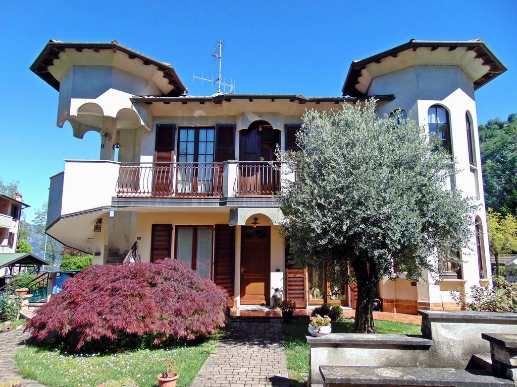 Villa Bifamiliare in Vendita a Torre de' Busi