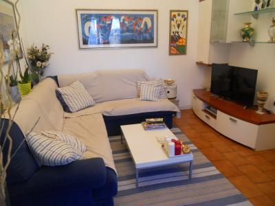 Appartamento in vendita a Lecco, 3 locali, prezzo € 145.000   CambioCasa.it
