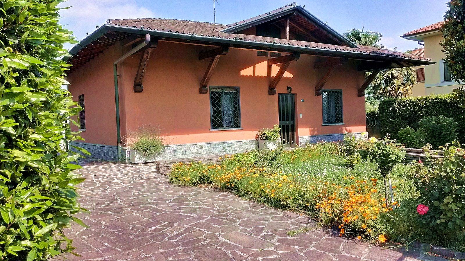Soluzione Indipendente in vendita a Briosco, 4 locali, prezzo € 330.000 | CambioCasa.it