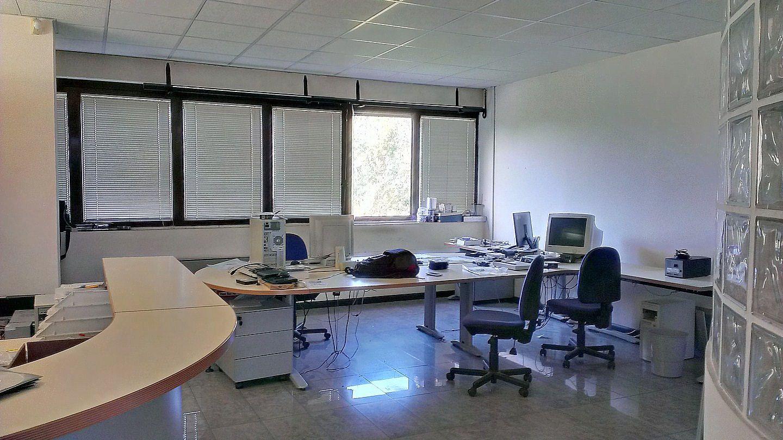 Ufficio / Studio in vendita a Dolzago, 9999 locali, prezzo € 90.000 | CambioCasa.it