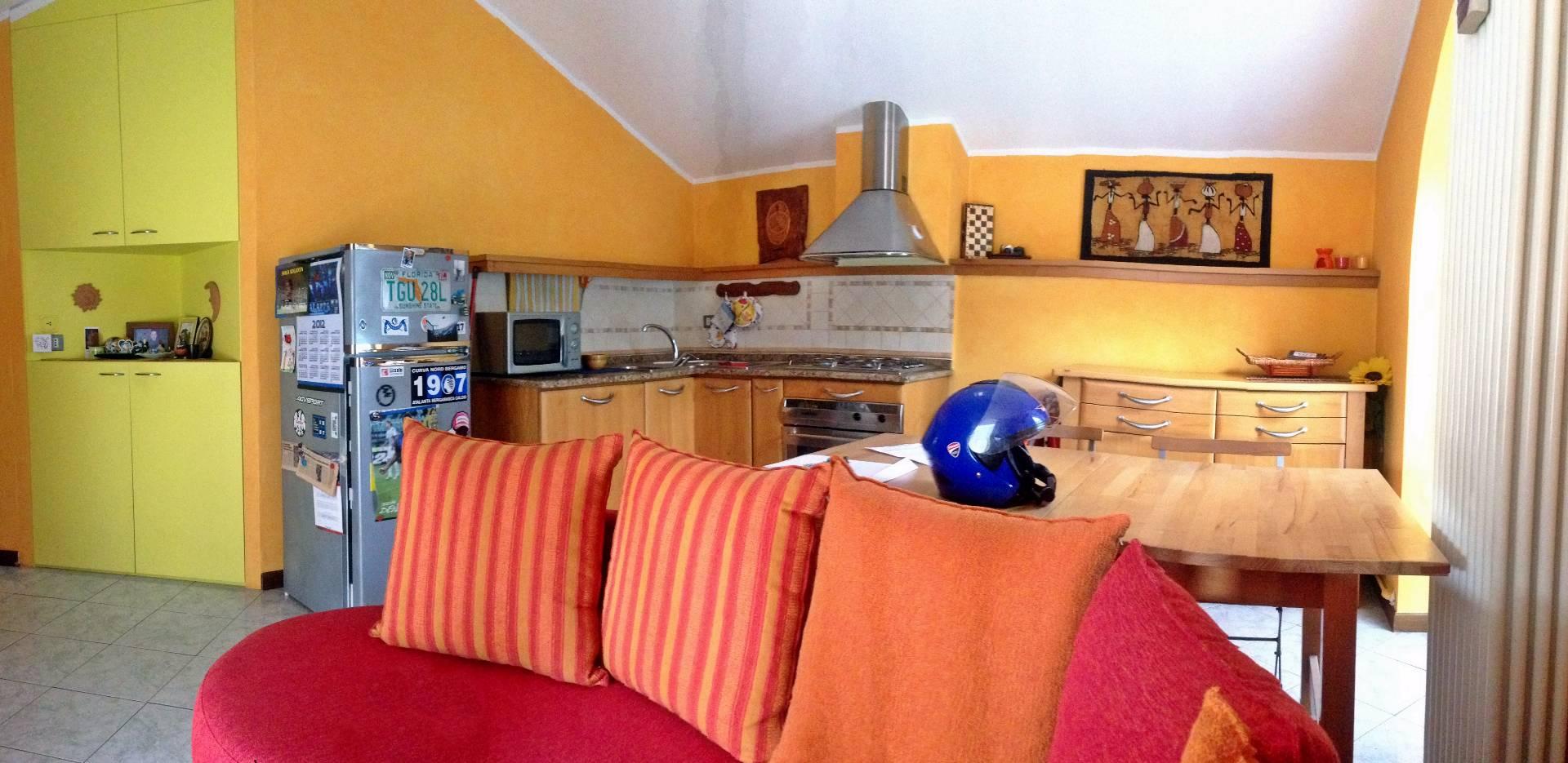 Appartamento in vendita a Monte Marenzo, 2 locali, prezzo € 69.000 | CambioCasa.it