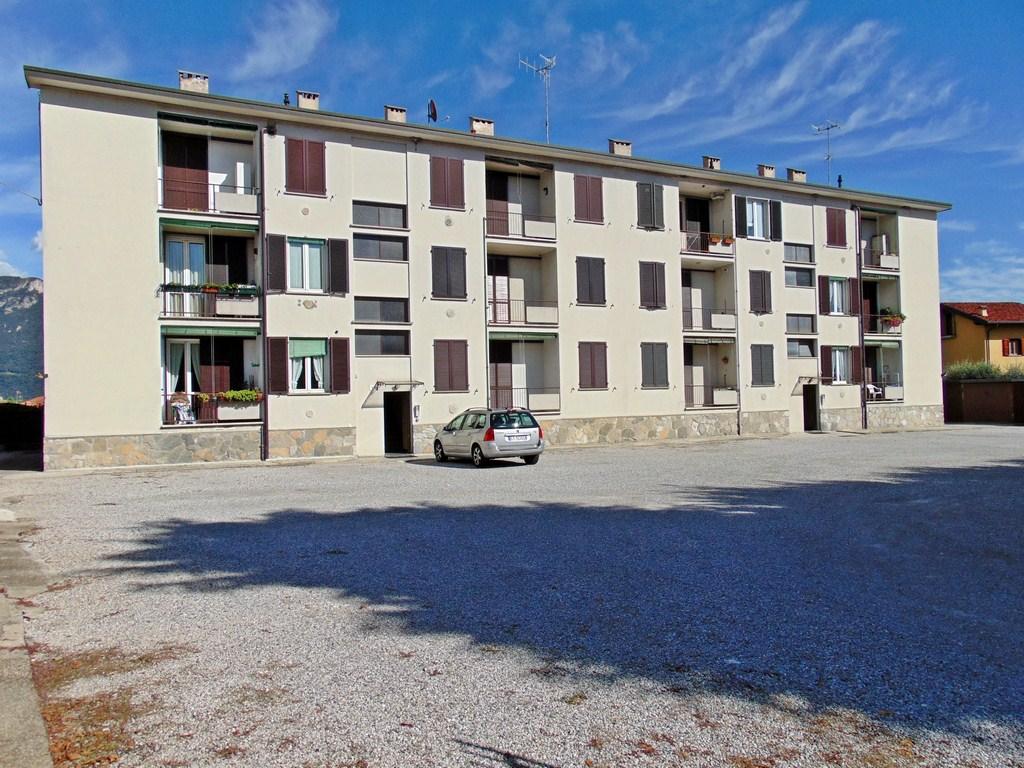 Appartamento in vendita a Galbiate, 2 locali, prezzo € 75.000 | CambioCasa.it
