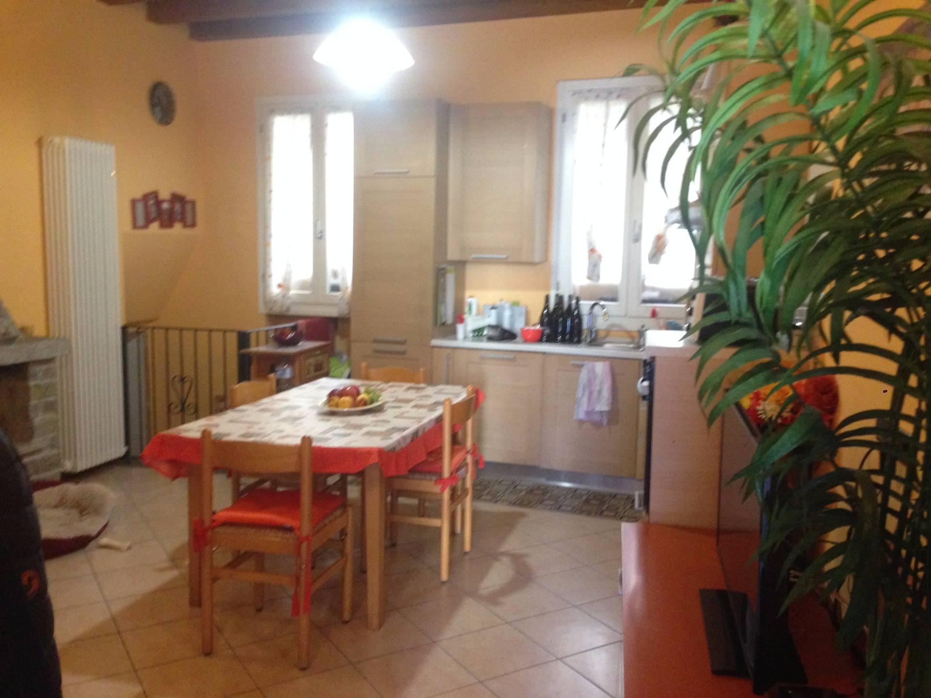 Appartamento in vendita a Valgreghentino, 2 locali, prezzo € 80.000 | CambioCasa.it