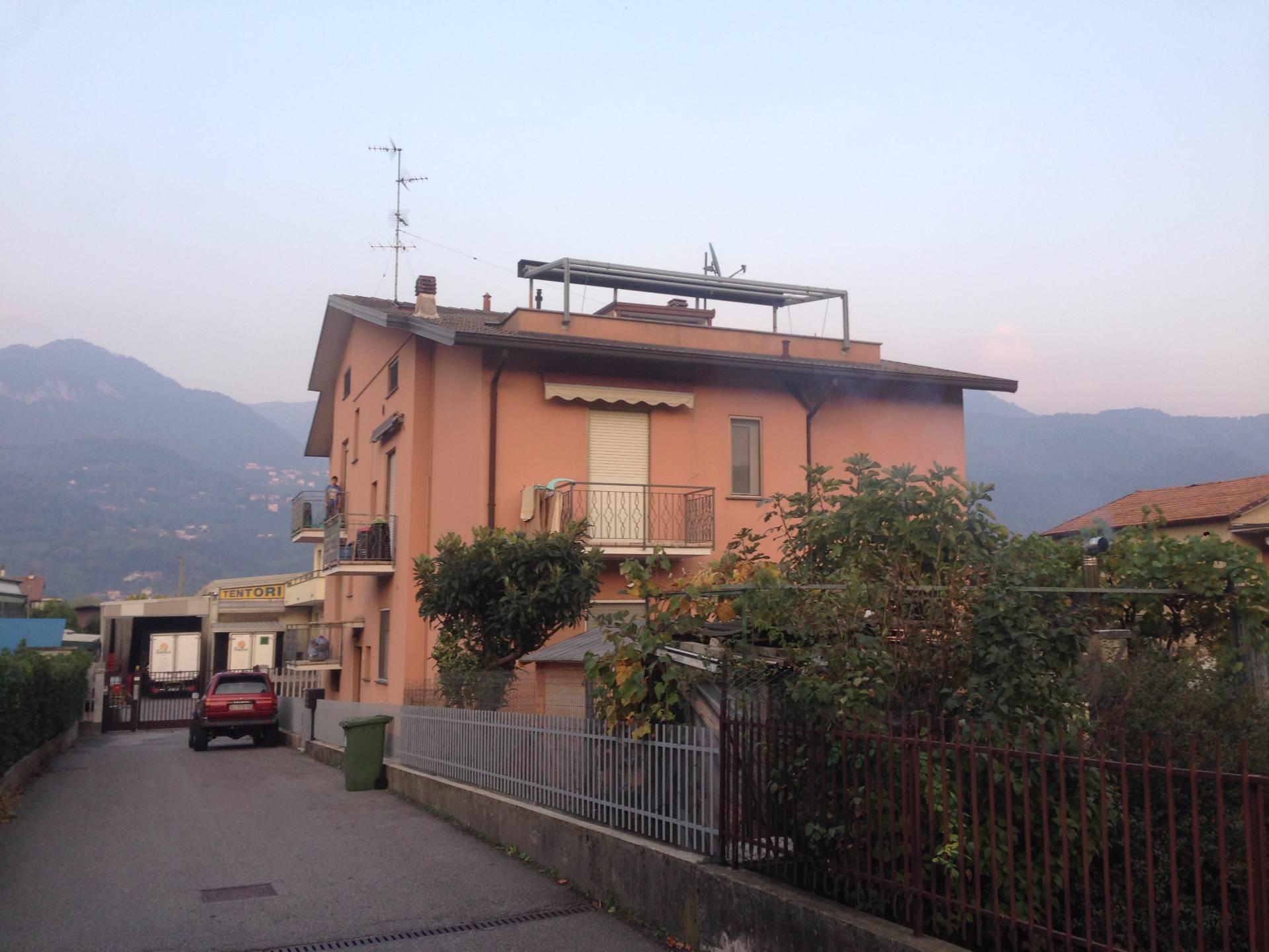 Attico / Mansarda in vendita a Olginate, 3 locali, prezzo € 70.000 | CambioCasa.it
