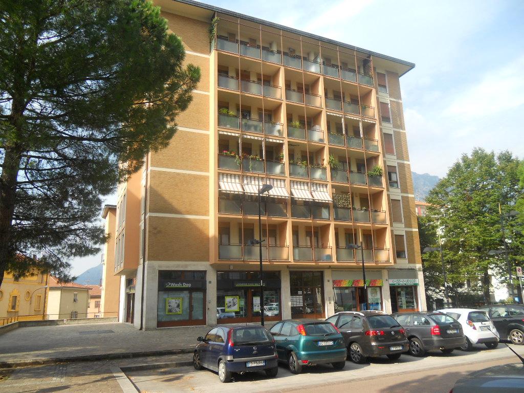 Appartamento in vendita a Lecco, 2 locali, prezzo € 105.000 | CambioCasa.it
