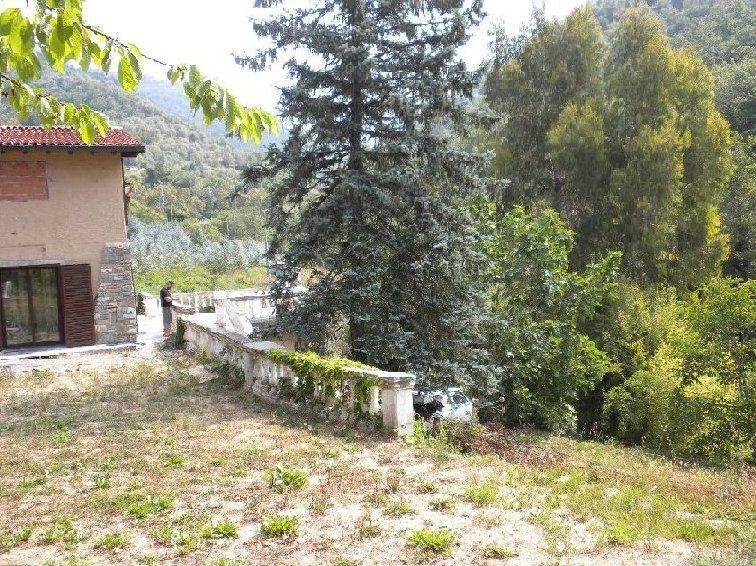 Villa in vendita a Apricale, 2 locali, prezzo € 320.000 | CambioCasa.it