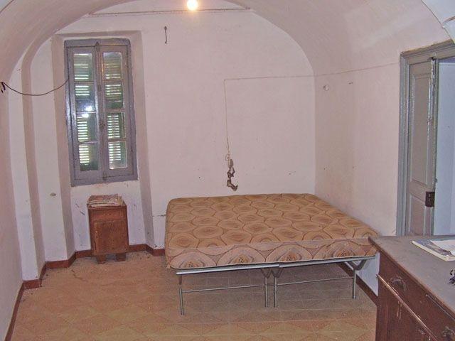 Appartamento in vendita a Castel Vittorio, 9999 locali, prezzo € 85.000 | CambioCasa.it