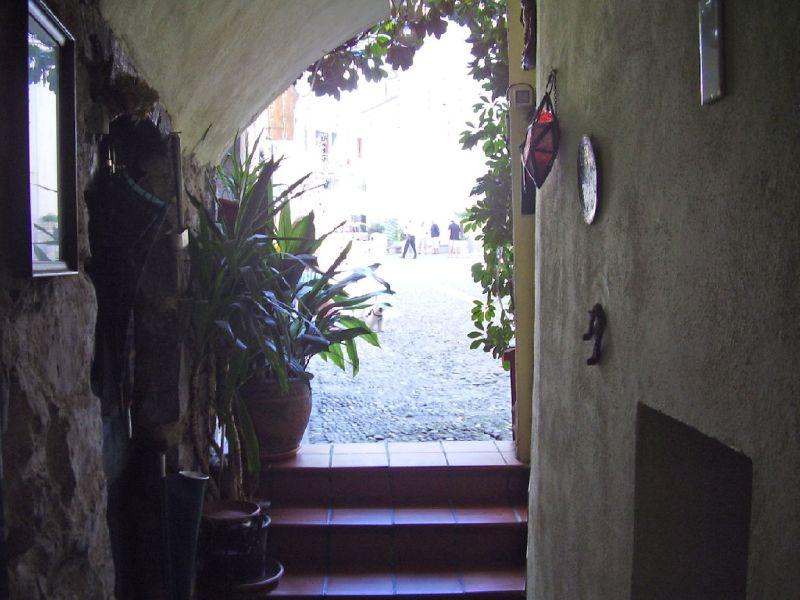 Soluzione Indipendente in vendita a Airole, 2 locali, prezzo € 140.000 | Cambio Casa.it