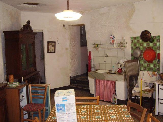 Appartamento in vendita a Carpasio, 9999 locali, prezzo € 35.000 | Cambio Casa.it