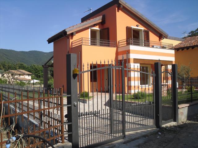 Villa in vendita a Garlenda, 5 locali, prezzo € 525.000 | CambioCasa.it