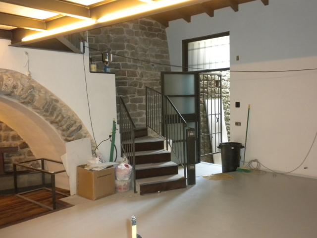 Appartamento in vendita a Isolabona, 5 locali, prezzo € 330.000 | Cambio Casa.it