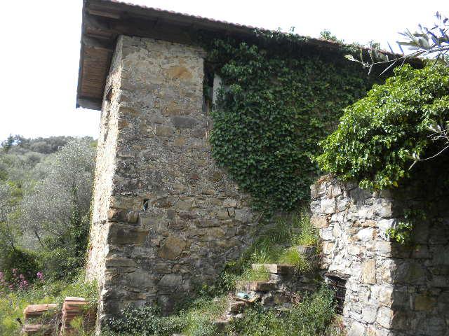 Rustico / Casale in vendita a Vallebona, 3 locali, prezzo € 120.000 | CambioCasa.it