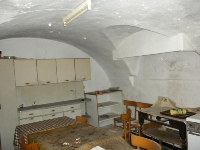 Palazzo / Stabile in vendita a Pigna, 7 locali, zona Zona: Buggio, prezzo € 60.000   CambioCasa.it