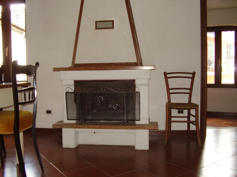 Appartamento in vendita a Carpasio, 5 locali, prezzo € 150.000 | Cambio Casa.it
