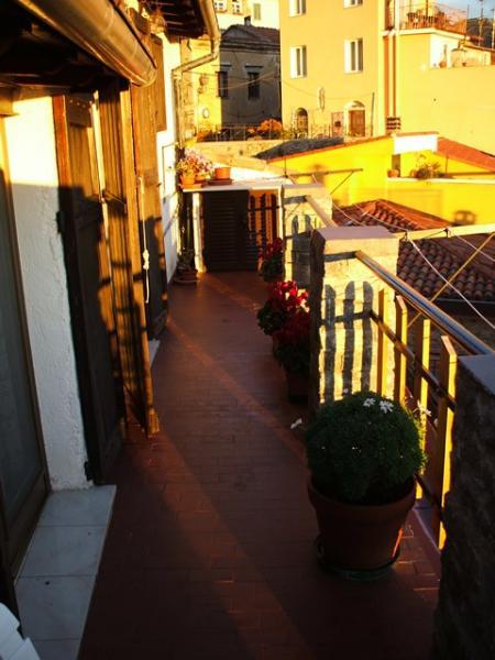 Appartamento in vendita a Perinaldo, 3 locali, prezzo € 85.000 | Cambio Casa.it