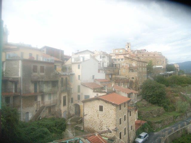 Appartamento in vendita a Perinaldo, 2 locali, prezzo € 79.000   Cambio Casa.it