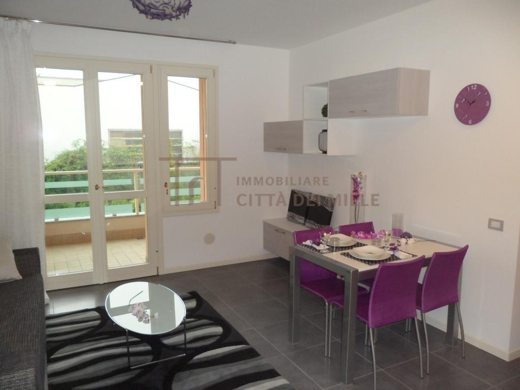 Appartamento in vendita a Seriate, 2 locali, prezzo € 93.900   Cambiocasa.it