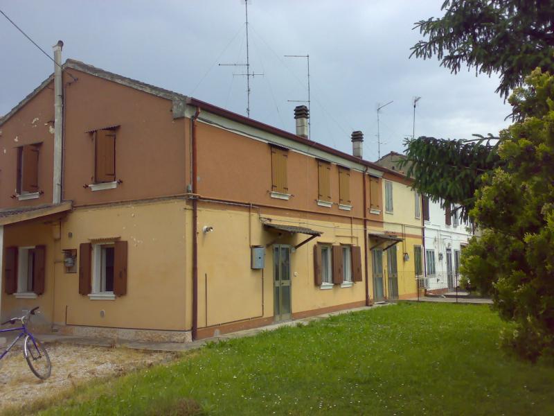 Soluzione Indipendente in vendita a Berra, 10 locali, prezzo € 75.000 | Cambio Casa.it