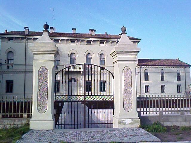 Bilocale Ferrara Via Della Ginestra 1